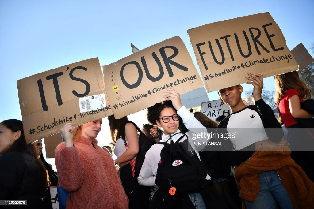 BRITAIN-ENVIRONMENT-CLIMATE-PROTEST : News Photo