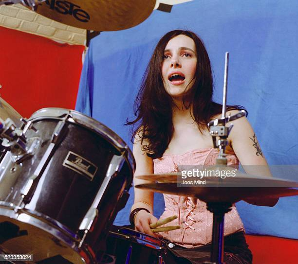 young drummer singing - rehearsal stock pictures, royalty-free photos & images
