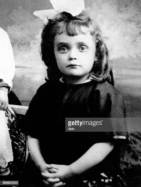 young Edith Piaf here as a child c 1918