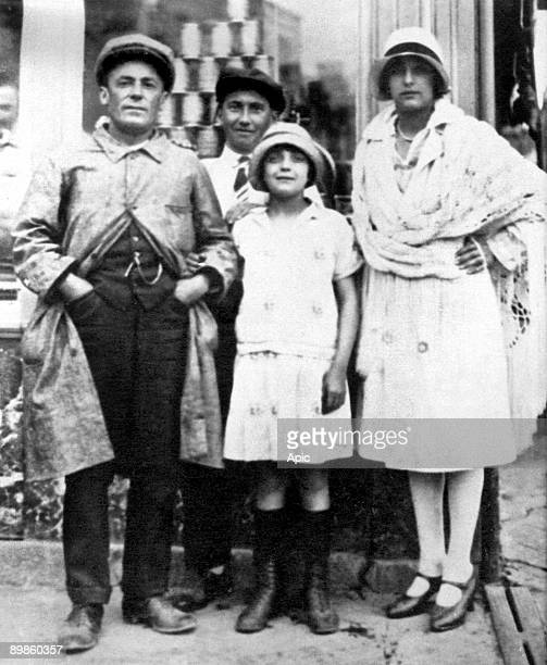 young Edith Piaf with her father Louis Gassion and one of her stepmother c 1925