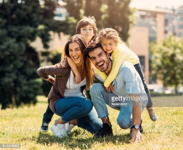 Junge Familie Spaß
