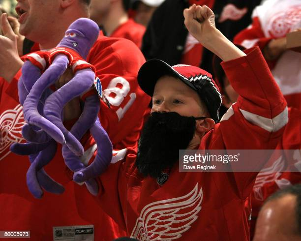 Young fan sporting the playoff beard theme during Game One of the Western Conference Quarterfinals of the 2009 NHL Stanley Cup Playoffs between the...