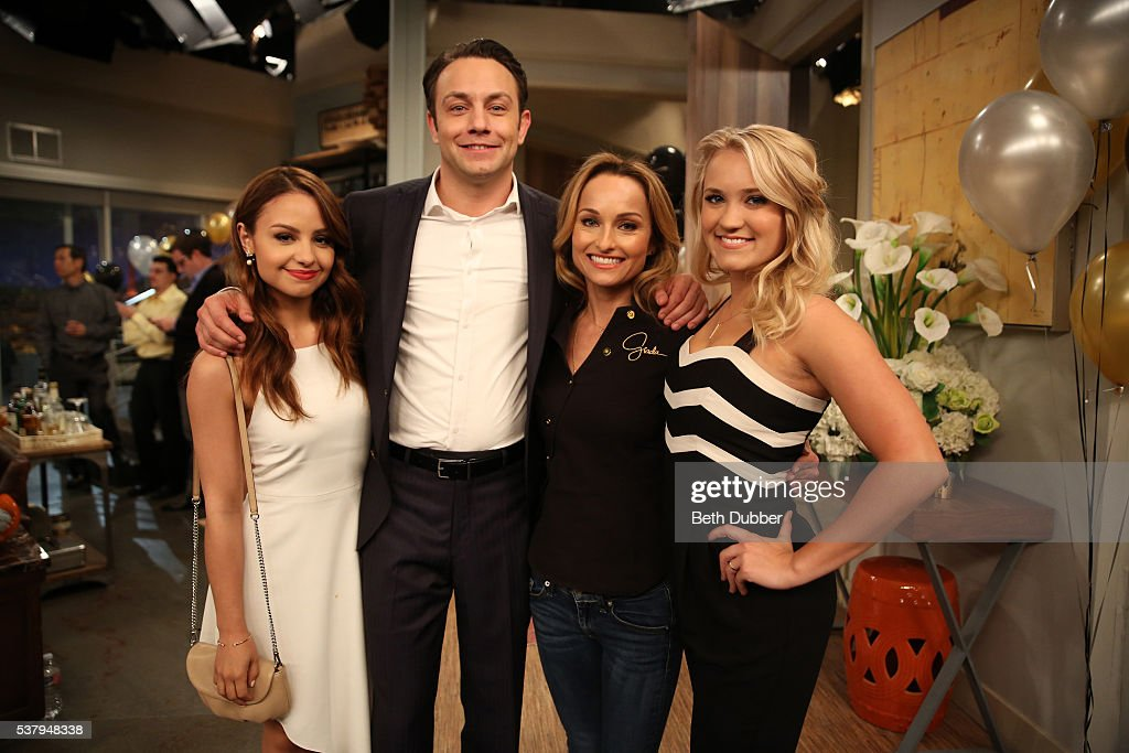 """Freeform's """"Young & Hungry"""" - Season Four"""