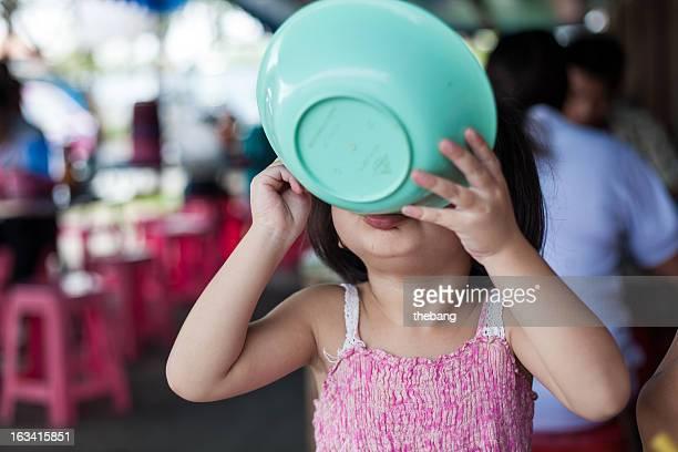 young girl eating noodle  (IMG_7793)