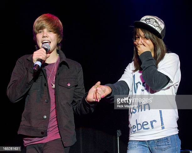 11/06/09 TORONTO ONTARIO A young girl gets to sit on stage and have a song sung to her by Justin Bieber Bieber plays Kool Haus ahead of his debut...