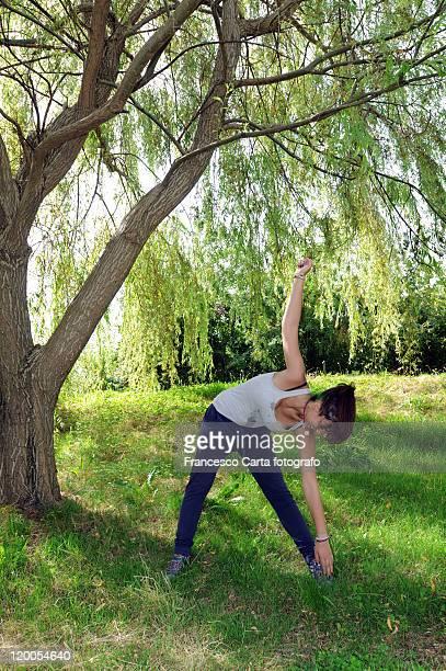 young girl gymnastics practice - tempio pausania stock-fotos und bilder