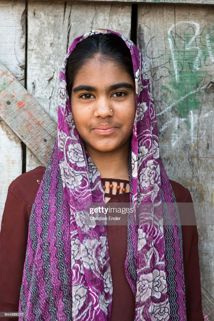In the slums of Bijapur, India : News Photo