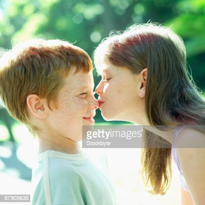 37 year old woman dating 22 year old man