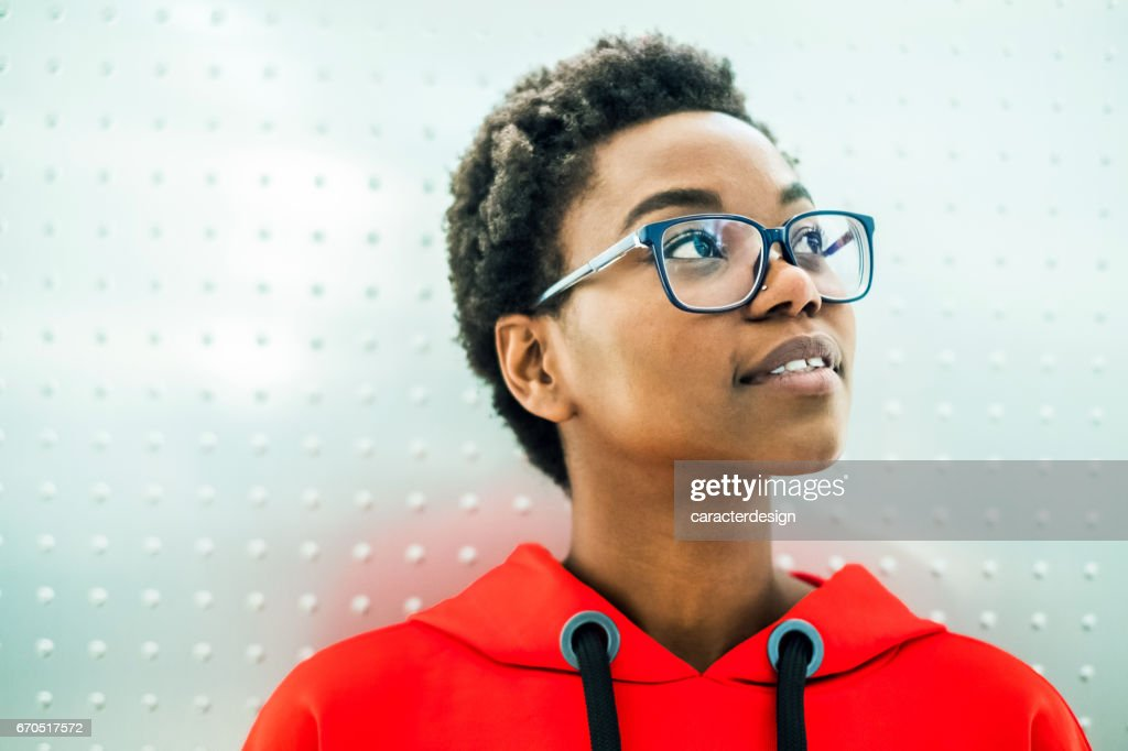 Young girl portrait feeling hope : Stock Photo