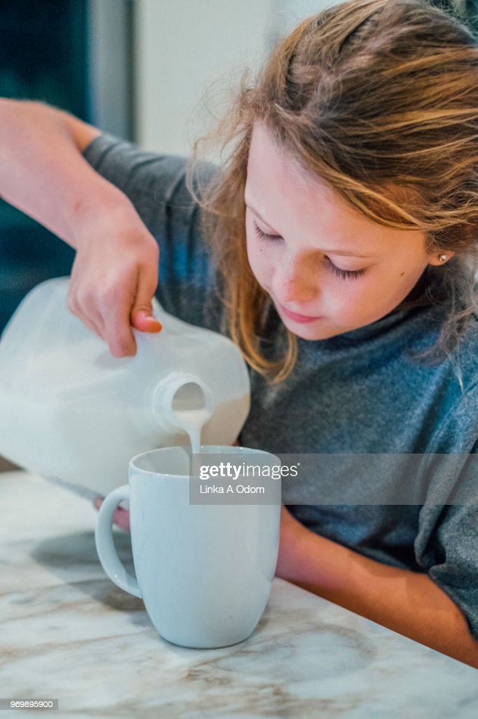 dangers-of-milk-on-young-girls