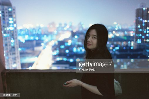 Young Girl Turn Her Head And Looking At Camera Stock Photo  Getty Images-1162