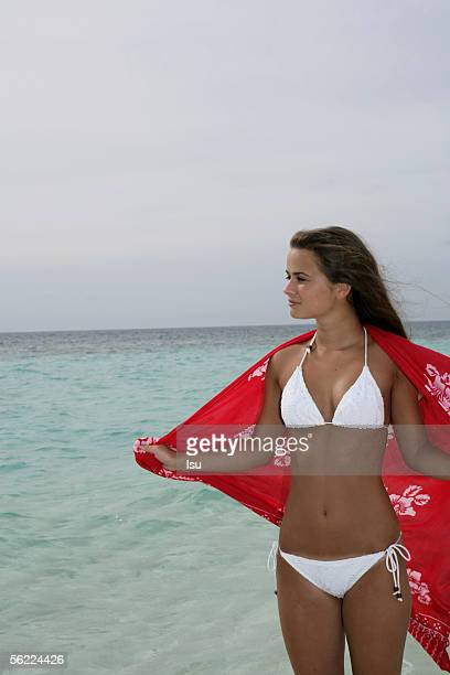 16 year old bikini girl fotografije in slike Getty Images-6008