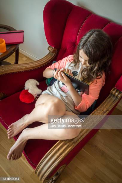 Young girl (9 yrs) with tablet