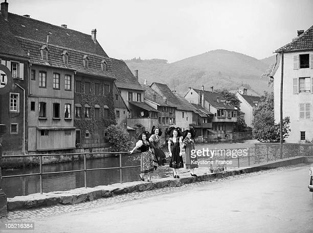 Young Girls In Traditional Alsatian Dress In The Village Of Zhanse Around 1930S1940