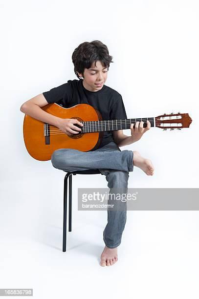 giovane chitarrista - chitarrista foto e immagini stock