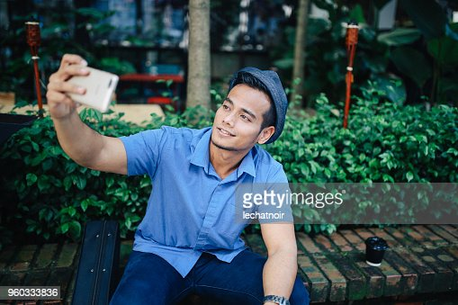 Black Man Selfie Photos and Premium High Res Pictures