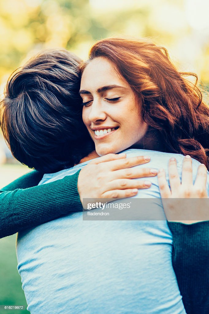 Young happy couple : Stock Photo