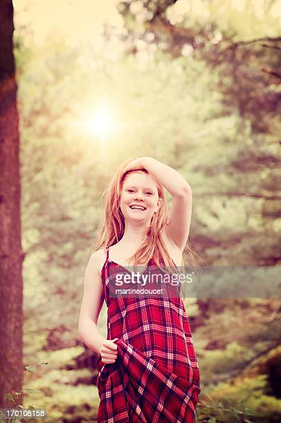 """young happy woman in the morning nature. - """"martine doucet"""" or martinedoucet stockfoto's en -beelden"""