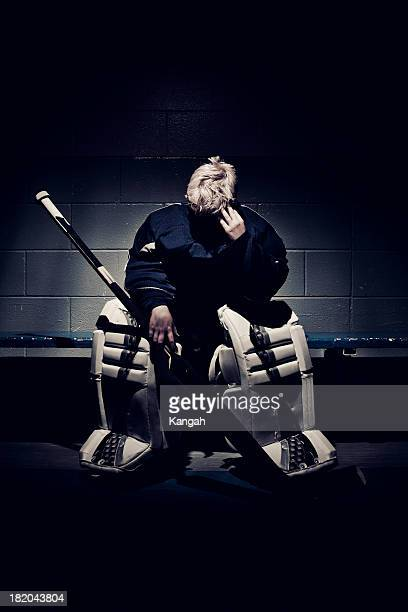 young hockey player-goalie - goalkeeper stock pictures, royalty-free photos & images