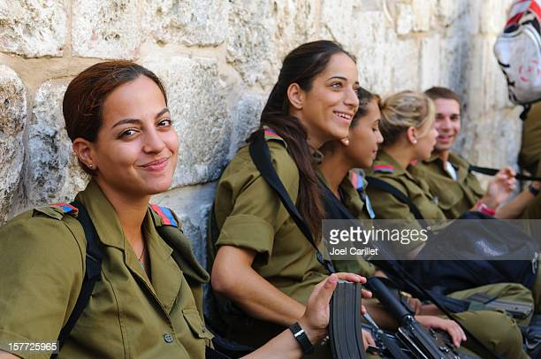 women idf soldiers - israel stock pictures, royalty-free photos & images