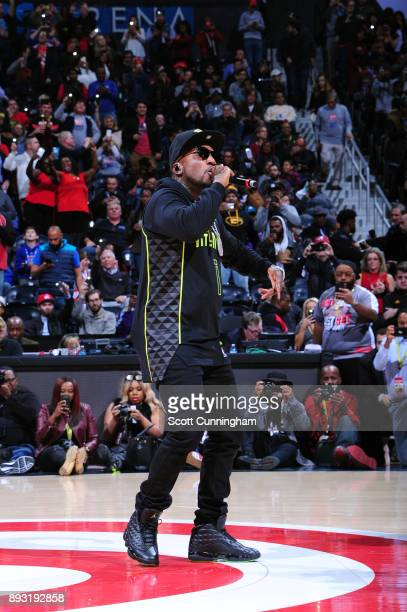 Young Jeezy performs at halftime of the game between the Detroit Pistons and the Atlanta Hawks on December 14 2017 at Philips Arena in Atlanta...