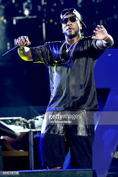 Young Jeezy performs during the Under the Influence of Music Tour at Shoreline Amphitheatre on August 22 2014 in Mountain View California