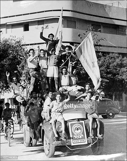 Young Jews celebrate 14 May 1948 in Tel Aviv the proclamation of a new state of Israel Israel was founded 14 May 1948 in Tel Aviv by the Jewish...