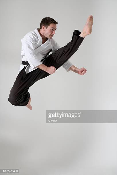 Junger Mann martial artist