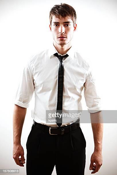 若い男性 - 袖を折った袖まくり ストックフォトと画像