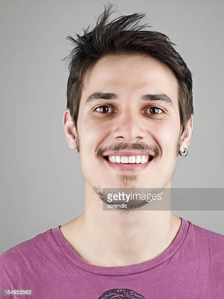 Junger Mann Lächeln