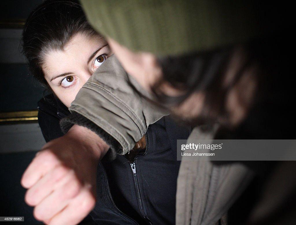 Violence : News Photo