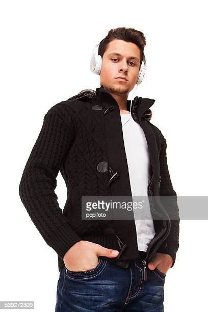 若い男性、ヘッドフォン - ポケットに手を入れている ストックフォトと画像