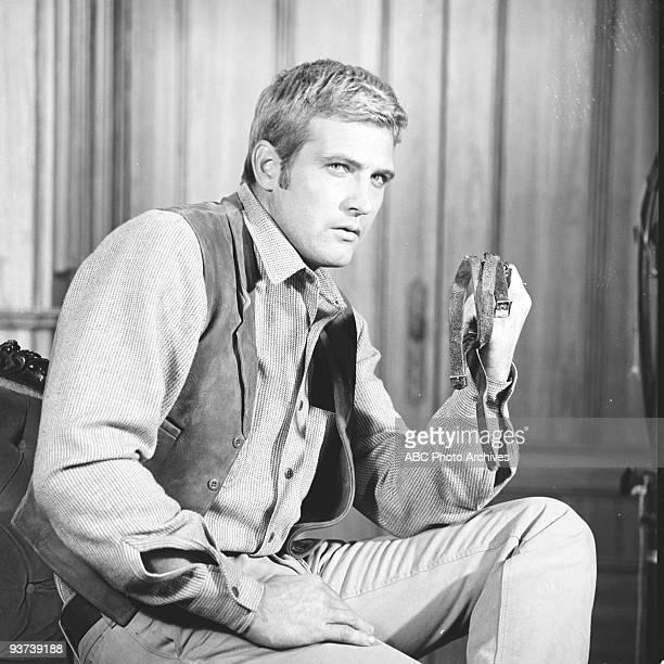 VALLEY 'Young Marauders' 10/6/65 Lee Majors
