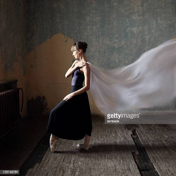 young modern dancer - dupatta stock pictures, royalty-free photos & images