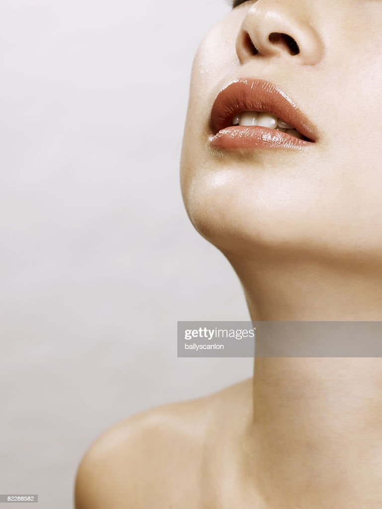 Young naked asian woman, close-up : Stock Photo