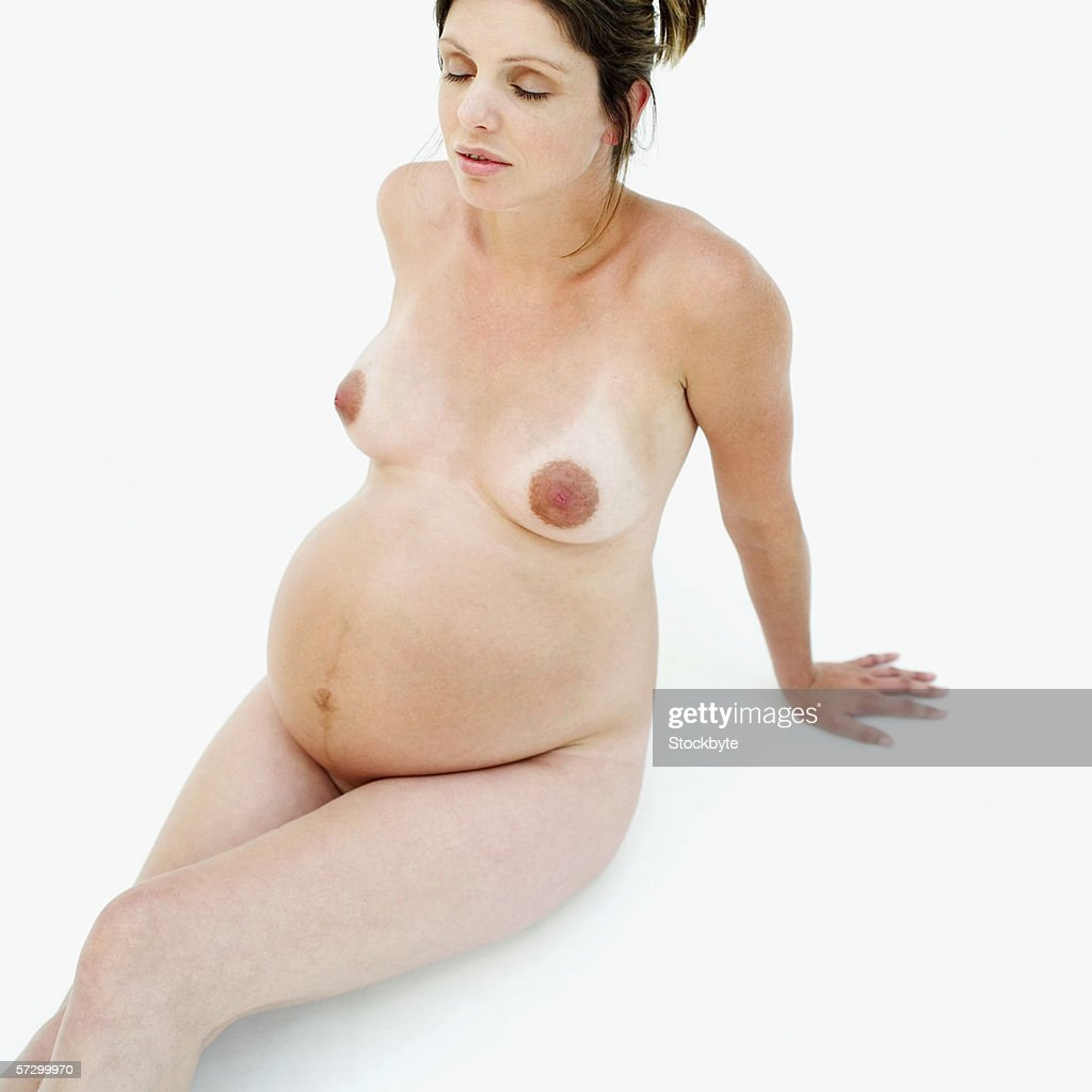 pregnant nude women sitting
