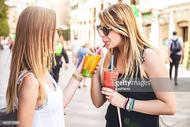 Young people enjoying Bubble Tea - CNEUFOO210