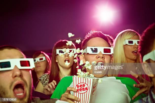 Jovens em 3D mover Teatro