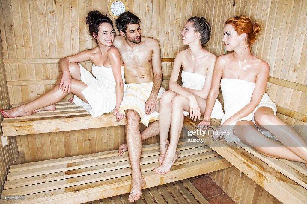 Новое фото молодежь в бане