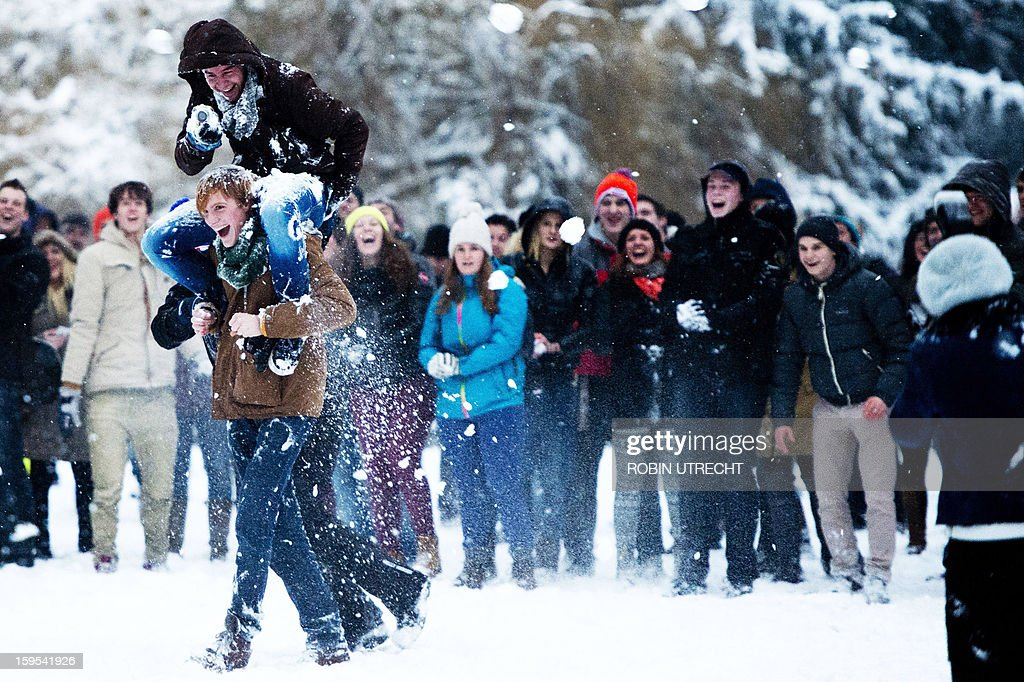 Young people participate in a big snowball fight that start via a call on Facebook to meet at the Valkenberg Park in Breda, The Netherlands, on January 15, 2013. More than 1,100 people registered for it.