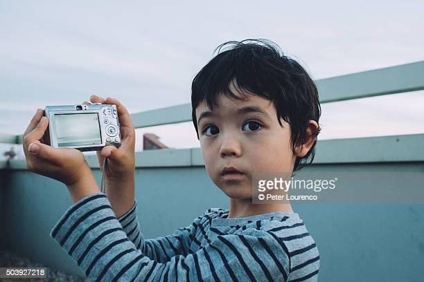young photographer - peter lourenco stockfoto's en -beelden