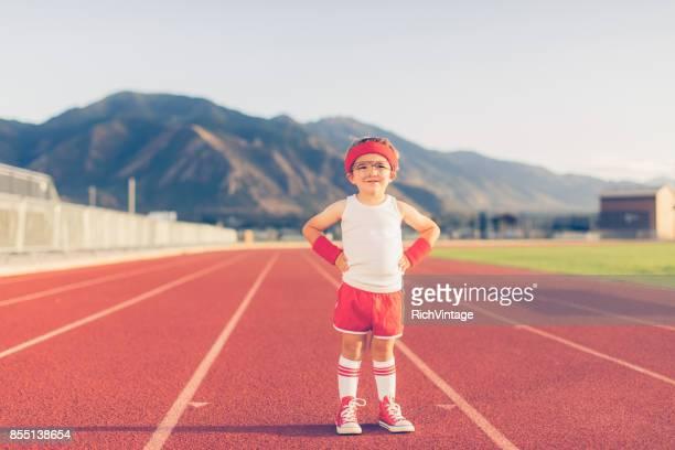 Instructor de Fitness y joven Retro