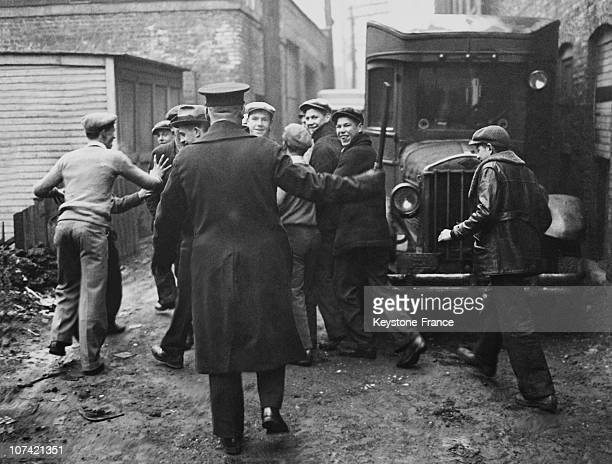 Young Rioters In The Kedzie Avenue At Chicago In Usa On January 18Th 1933
