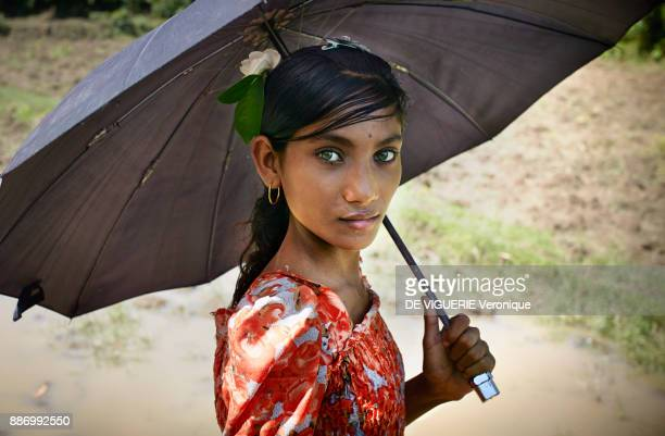 Young Rohingya girl