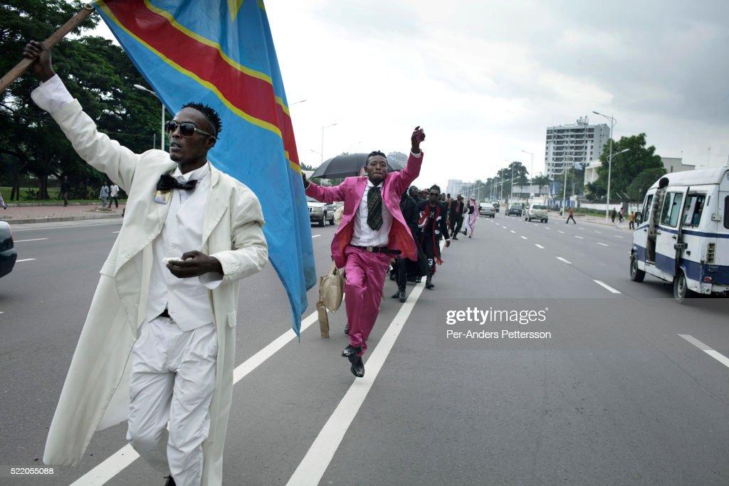 Sapeurs in Kinshasa, DRC : News Photo