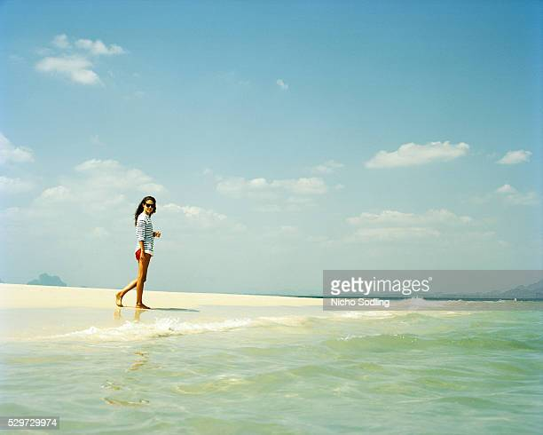 a young scandinavian woman on the beach - scandinavian ethnicity stock pictures, royalty-free photos & images