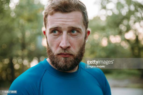 young sporty caucasian man - military exercise stock pictures, royalty-free photos & images