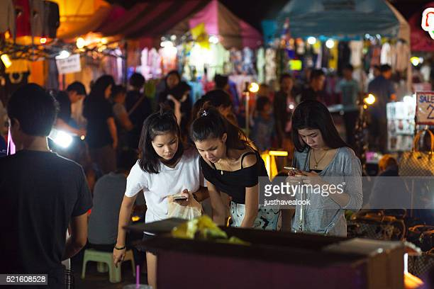 Young thai girls shopping