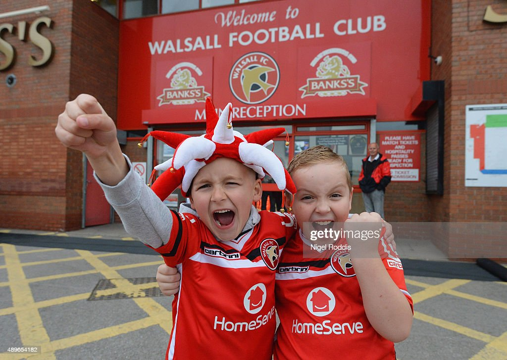 Walsall v Chelsea - Capital One Cup Third Round : News Photo
