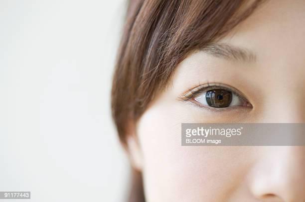 young woman, close-up, portrait - 見つめる ストックフォトと画像